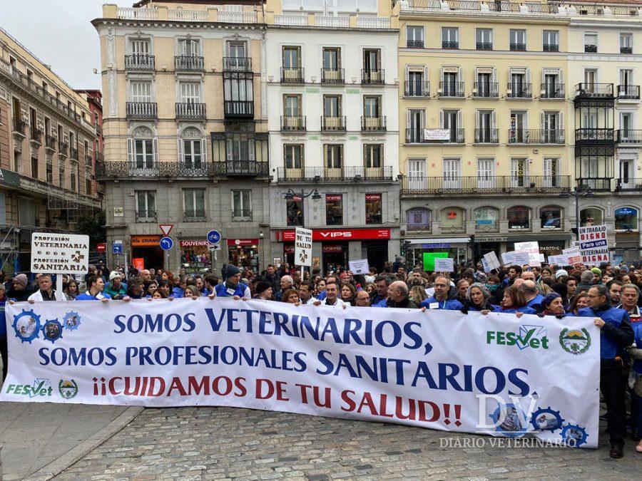 Grupo Valdelvira participó en la Manifestación de Veterinarios del 17/11/2019